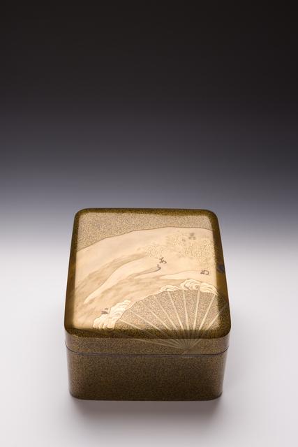 , 'Fans and Chrysanthemum Tebako Box (T-1196),' Meiji, Taisho eras, ca 1900–1920, Erik Thomsen