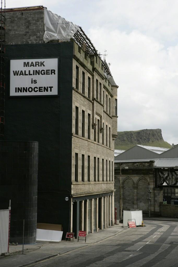 Installation view of Mark Wallinger 'Mark Wallinger is Innocent', 2008 13.3ft x 10ft billboard installation 30 July 2008 - 28 October 2008