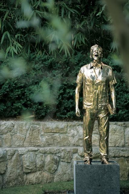 , 'De man die huilt en lacht L'Homme qui pleure et qui rit,' 2004, Gallery Guy Pieters