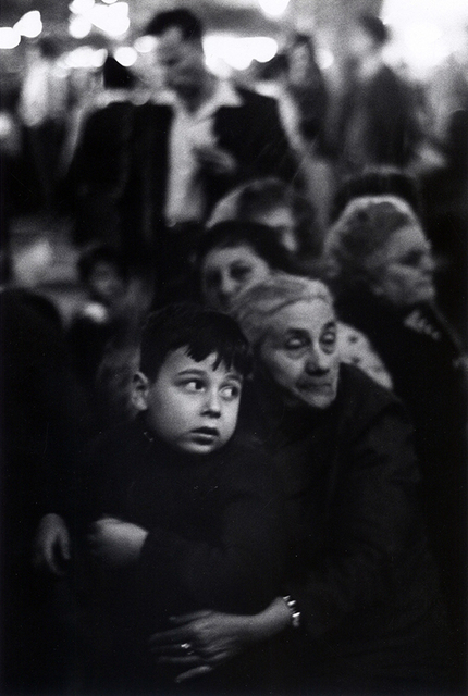 Erich Hartmann, 'Migrants arriving from Romania in Israel', 1961, °CLAIR Galerie