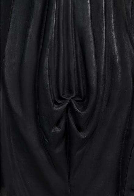 , 'Sainte Bernadette, plâtre polychrome, fin du XIXe siècle, Grand Curtius, Liège (détail),' 2016, Nadja Vilenne