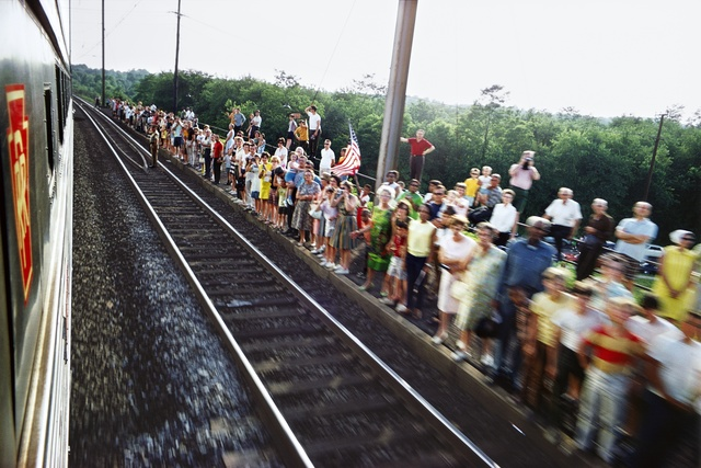 Paul Fusco, 'Untitled from RFK Funeral Train,' 1968/ Printed, Danziger Gallery