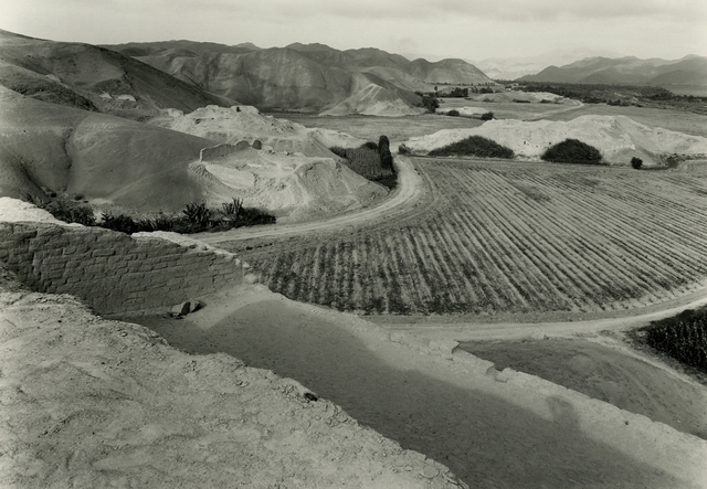 , 'Paramonga, Fortaleza Valley,' 1988, Deborah Bell Photographs