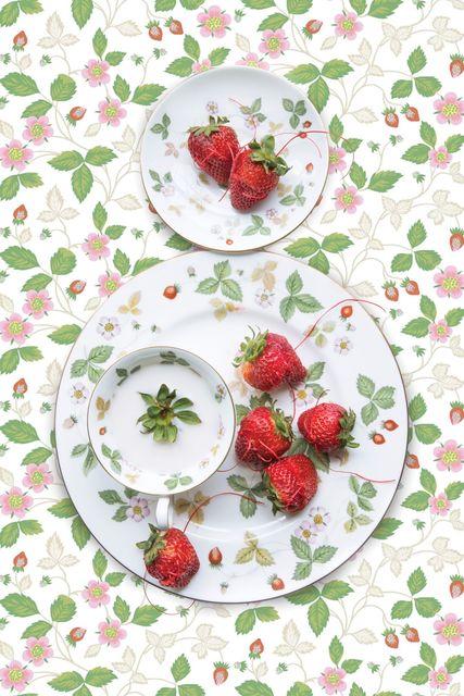 JP Terlizzi, 'Wedgwood Wild Strawberry with Strawberry', 2019, Foto Relevance