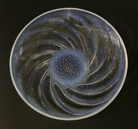 A Lalique 'Poissions' opalescent glass dish
