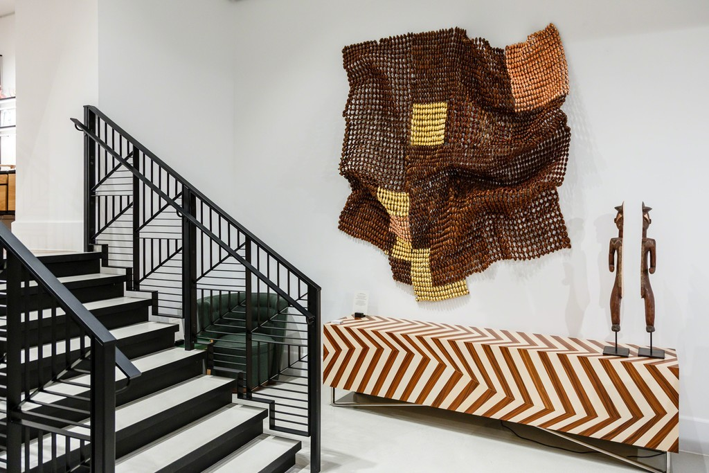 Installation shot: works by Niyi Olagunju at Linley, Belgravia