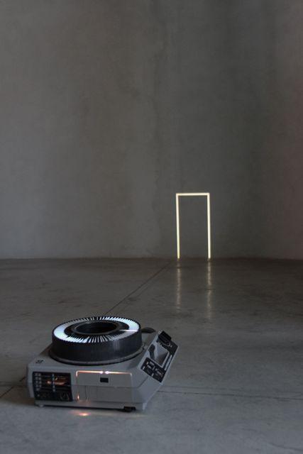 , 'Sin título (Proyecciones a partir del piso),' 2011, Arredondo \ Arozarena