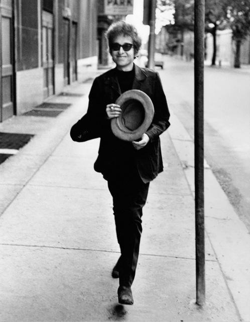 , 'Bob Dylan Walking with Top Hat, Philadelphia, PA,' 1964, TASCHEN