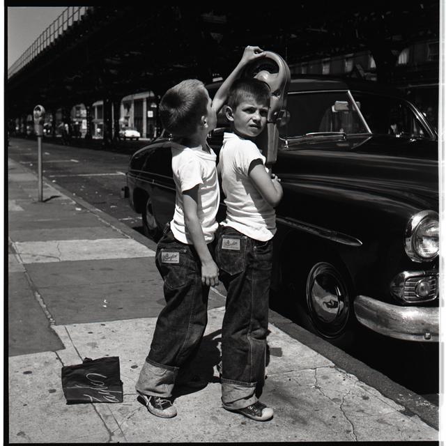 Vivian Maier, 'New York, NY', 1954, Howard Greenberg Gallery