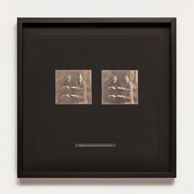 , 'Espelhos Livros Relógios Fotografias,' 2017, Galeria Raquel Arnaud