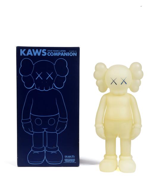 KAWS, 'Five Years Later Companion (Fluorescent dans le noir)', 2004, Digard Auction