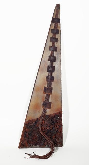 , 'Escultura triangular,' 1980, Ronie Mesquita Galeria