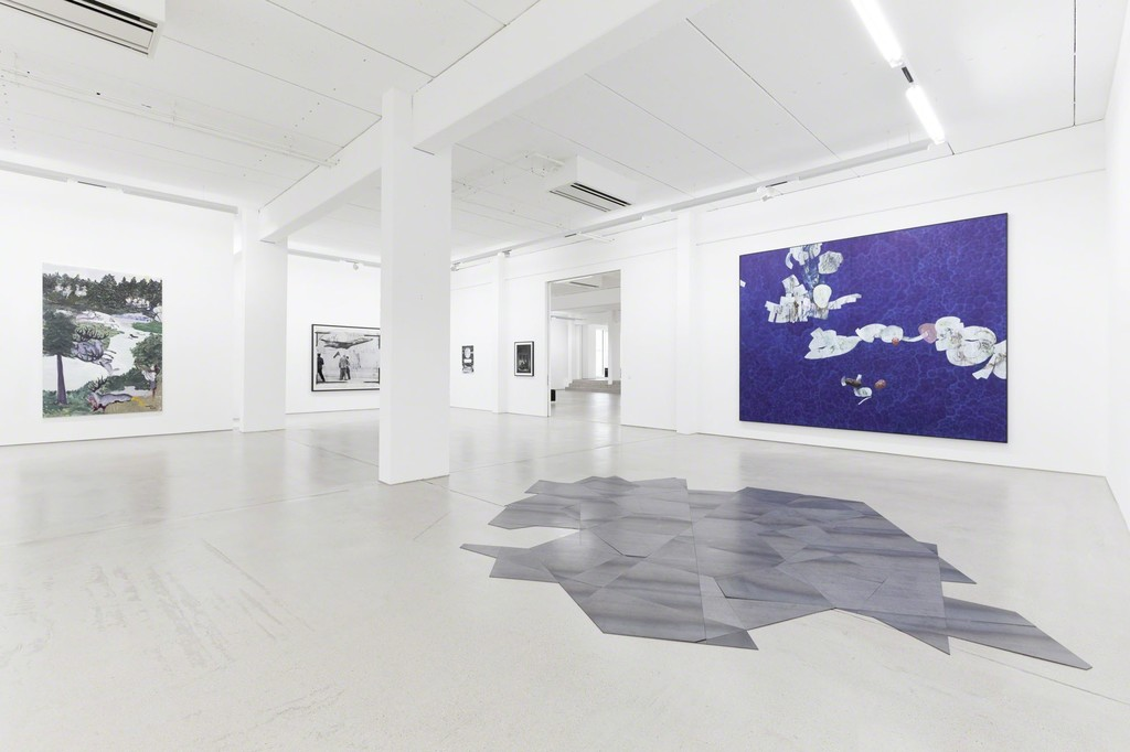 G2 Kunsthalle installation view with art works by (from left to right) Jeanette Mundt, 