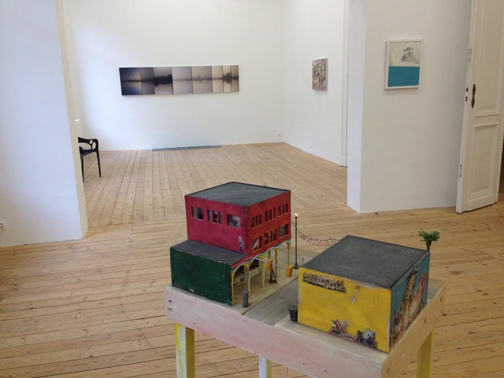Installation view, Tracey Snelling, Alessandro Procaccioli and Steve Sabella