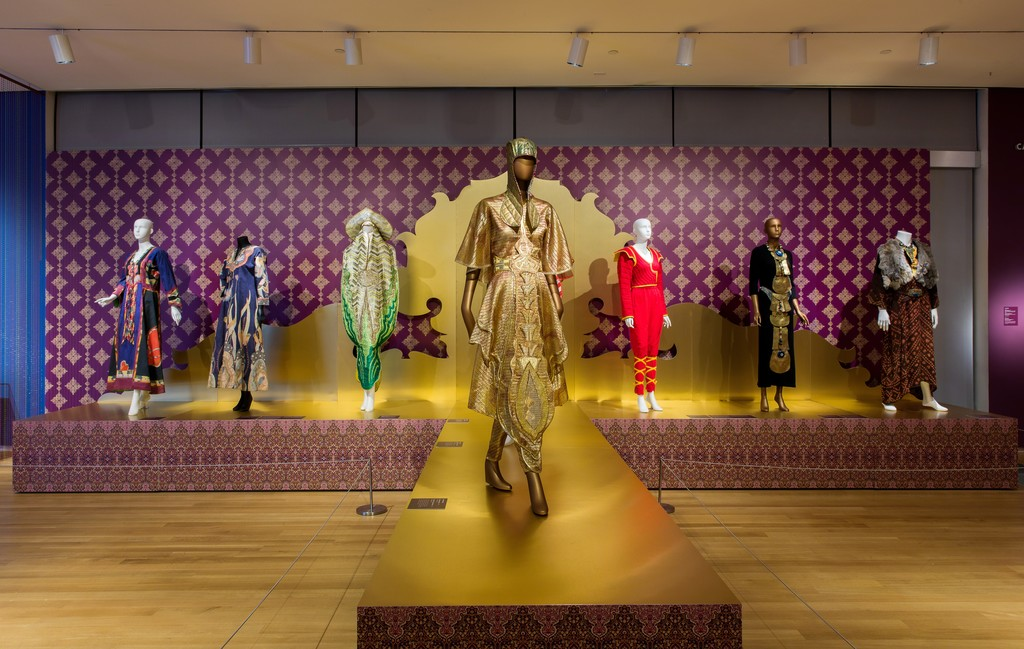 Installation view of 'Counter-Couture: Handmade Fashion in an American Counterculture', 2017. Photo by Jenna Bascom.