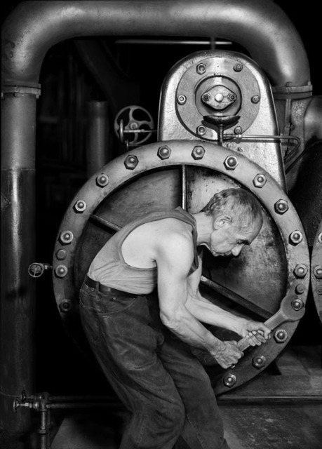 , 'Looking for the Masters in Ricardo's Golden Shoes #14 (Tribute to Lewis HINE),' 2016, Galerie Thierry Bigaignon