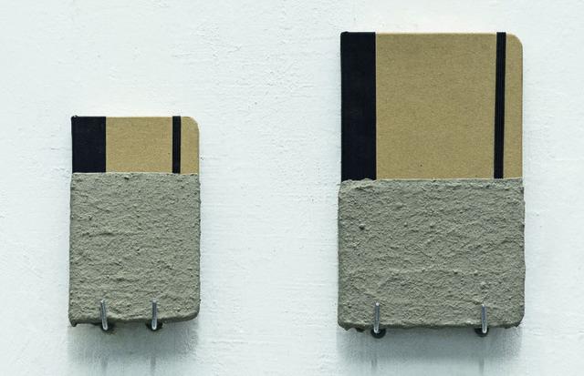 , 'Pessoal e intransferível (elastico) - da série Nóias,' 2014, Galería Vermelho