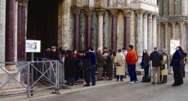 , 'On Translation Stand By II: Catedral,' 2006-2018, Moisés Pérez De Albéniz