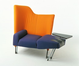 """, '""""Torso"""" chaise longue,' 1982, Triennale Design Museum"""