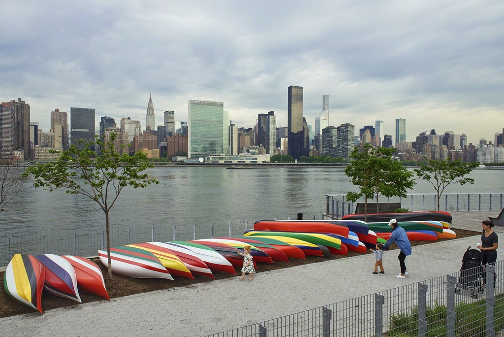 Xaviera Simmons, Convene, 2018, installation view, Hunter's Point South Park, Long Island City, New York. Aluminum canoes, paint, rope. Dimensions variable. Commissioned by SculptureCenter, New York. Courtesy the artist and David Castillo Gallery, Miami. Photo: Kyle Knodell
