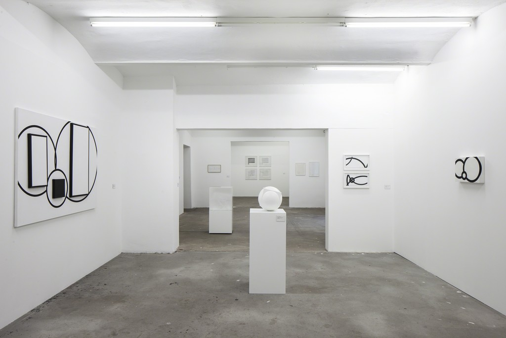 Photo: Timo Ohler. Works courtesy of: Estate Channa Horwitz and François Ghebaly Gallery, Los Angeles; Collection Bergmeier; Collection Museum Ritter, Waldenbuch; Matthias Galiano.