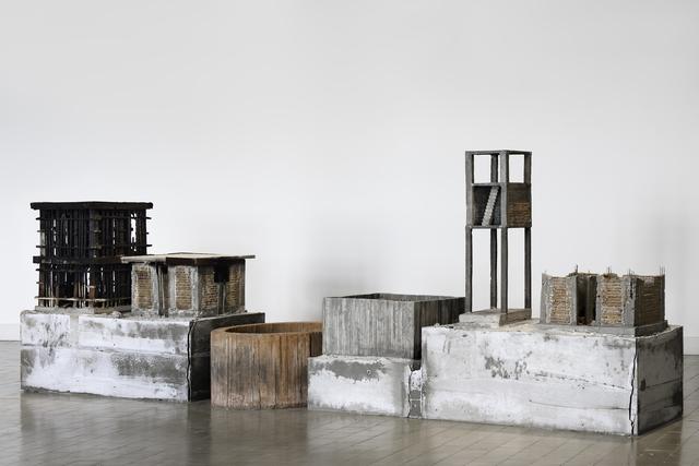 , 'Casa con ampliación,' 2017, Pasto