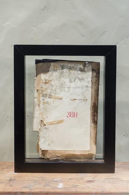, ' Expediente 001/Expedientes judiciales sometidos a procesos de deterioro controlado,' 2013, Galería de la Oficina