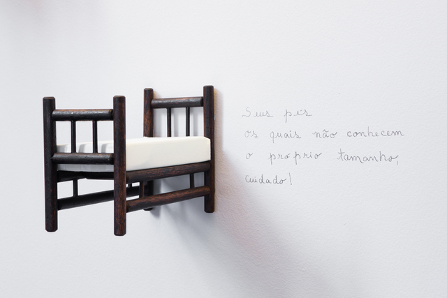 , 'Está tudo aqui (Everyhting is here) - Installation of 5 wooden beds,' 2015, Galeria Emma Thomas