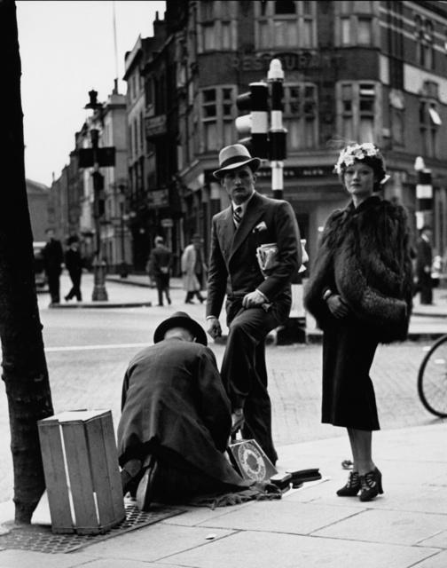 , 'London, Charing Cross Road (Shoe Shined Man/Woman),' 1934, Peter Fetterman Gallery
