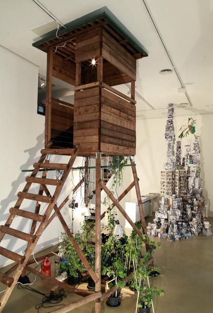 """, 'Installationview """"Der Zuwachs fällt der Hauptsache zu"""",' 2017, Galerie Brigitte Schenk"""