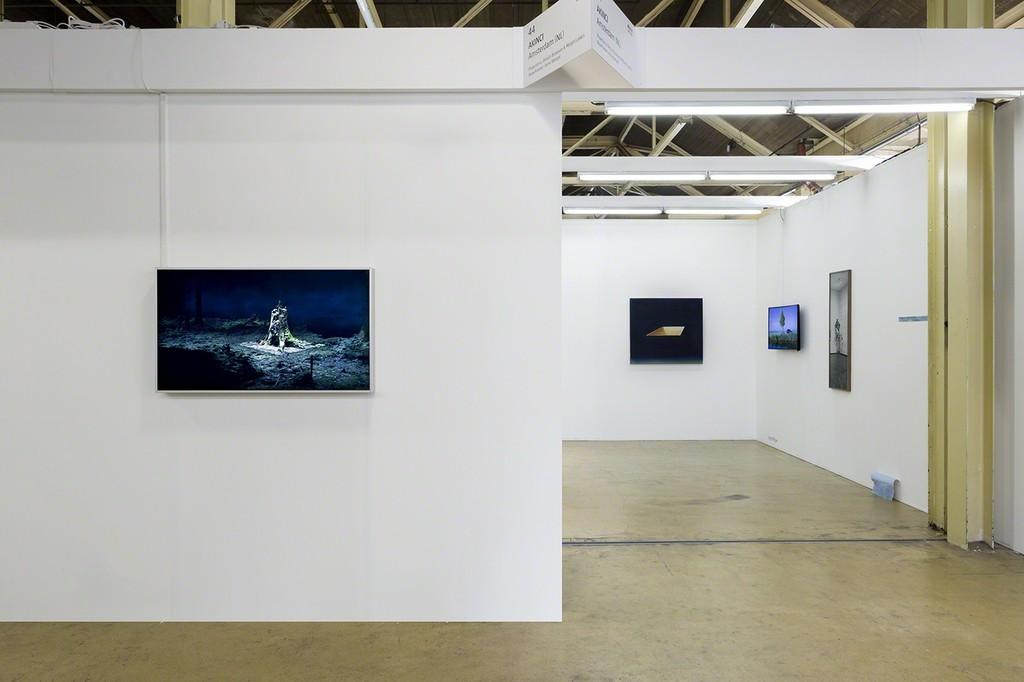 AKINCI @ Art Rotterdam 2019, side with work by Broersen & Lukács, Andrei Roiter and Stéphanie Saadé in view, photo Renato Ghiazza