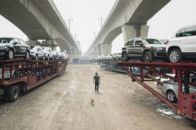 , 'Shanghai II,' 2014, Longmen Art Projects
