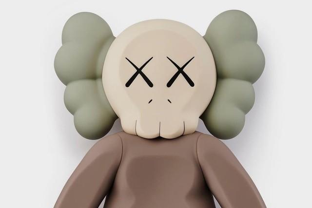 KAWS, '2020 Companion Brown', 2020, Sculpture, Painted Rotocast Vinyl, artempus