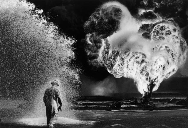 , 'DESERT HELL, KUWAIT,' 1991, Beetles + Huxley