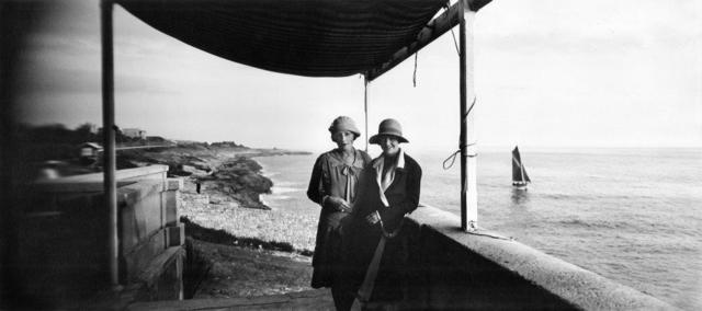 Jacques Henri Lartigue, 'Bibi et Suzy', 1926, °CLAIR Galerie