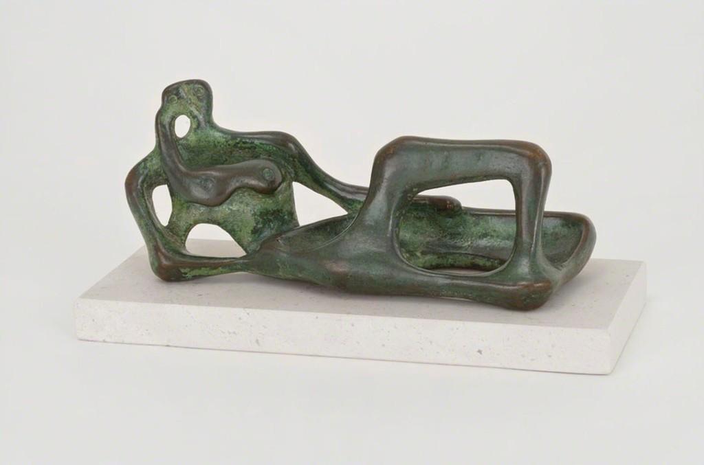 Henry Moore u0027Reclining Figureu0027 1945 Gagosian & Henry Moore | Reclining Figure (1945) | Artsy islam-shia.org