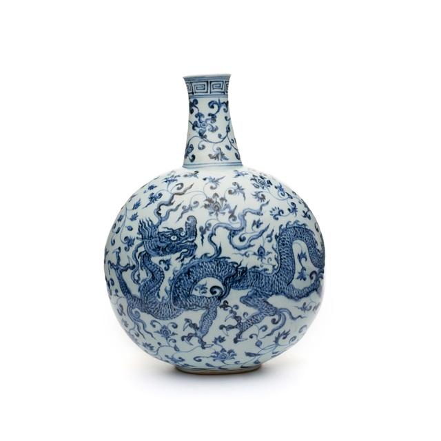 , 'Flask. China, Jiangxi province.,' Ming Period, early 15th century (probably Yongle era, 1403–1424)., Asia Society