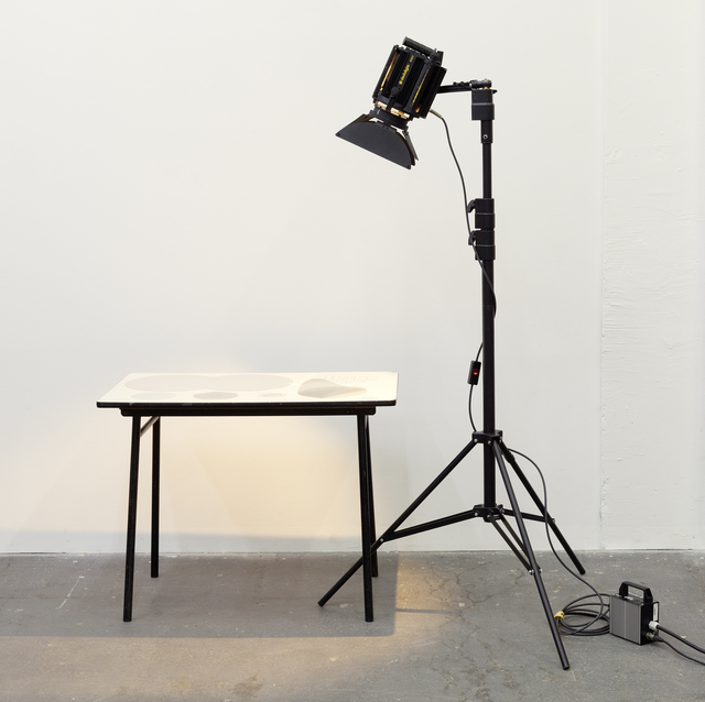 Joëlle Tuerlinckx, ''TIME-SPACE' TABLE', Galerie nächst St. Stephan Rosemarie Schwarzwälder