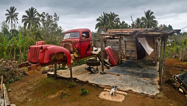, 'Chabola, chucho y furgoneta,' 2011-2018, Galerie Boisseree