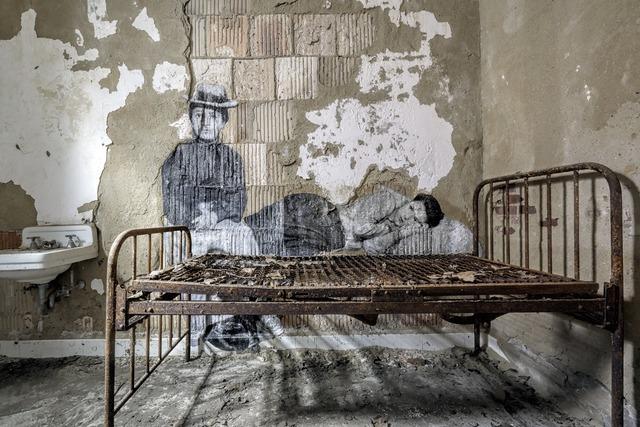 , 'Unframed - Immigrants sur le point de revenir à leur point de départ, revu par JR, U.S.A.,' 2014, Galerie Perrotin