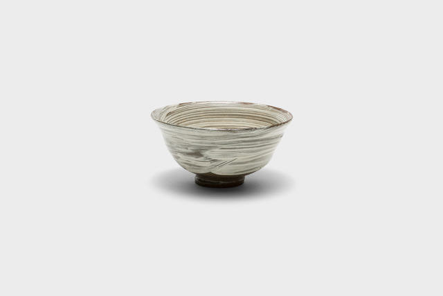 , 'Iron-painted and white slip-brushed buncheong tea bowl,' 2013, Gallery LVS