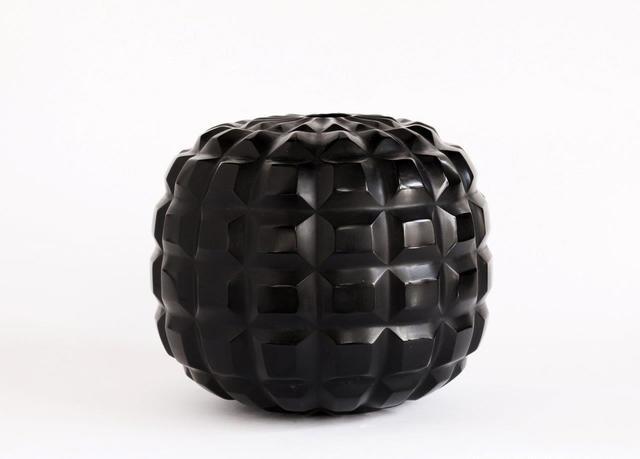 Massimo Micheluzzi, 'vetro vaso nero piccolo inciso soffiato', 2017, Brutto Gusto
