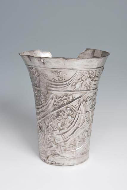 'Gobelet cérémoniel avec scène maritime (Ceremonial goblet with maritime scene)', 1000-1450, Musée du quai Branly