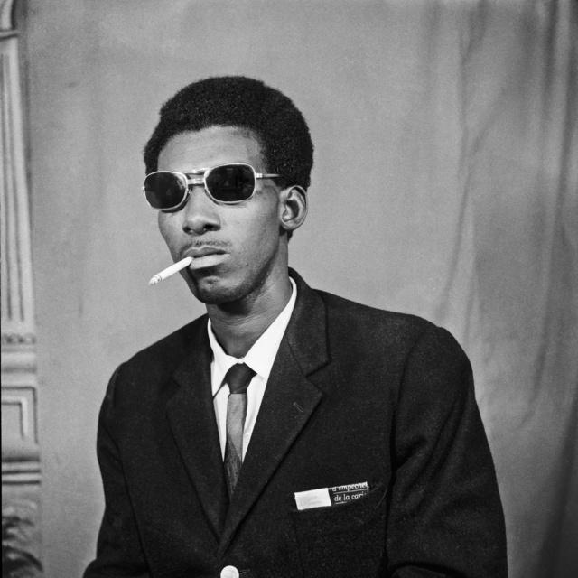 , 'Le Vendeur Sénégalais qui Fume,' 1972, M+B