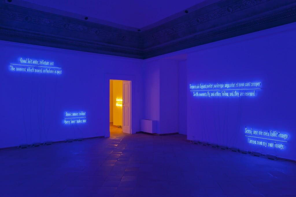 """Joseph Kosuth, """"Maxima Proposito (Ovidio)"""", 2017 installation view"""