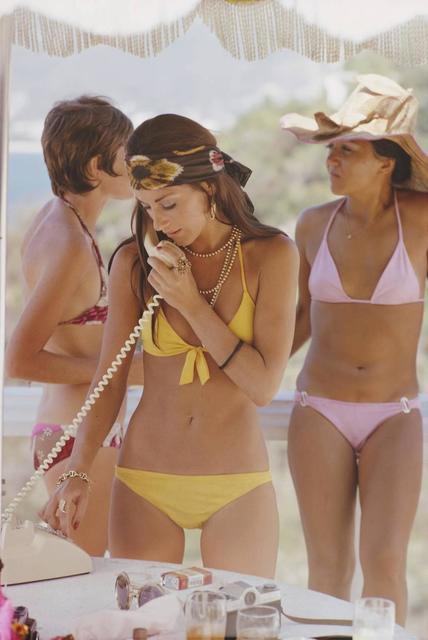 Slim Aarons, 'Slim Aarons  Social Call (Slim Aarons Estate Edition)', 1972, Photography, Lambda Print, Undercurrent Projects