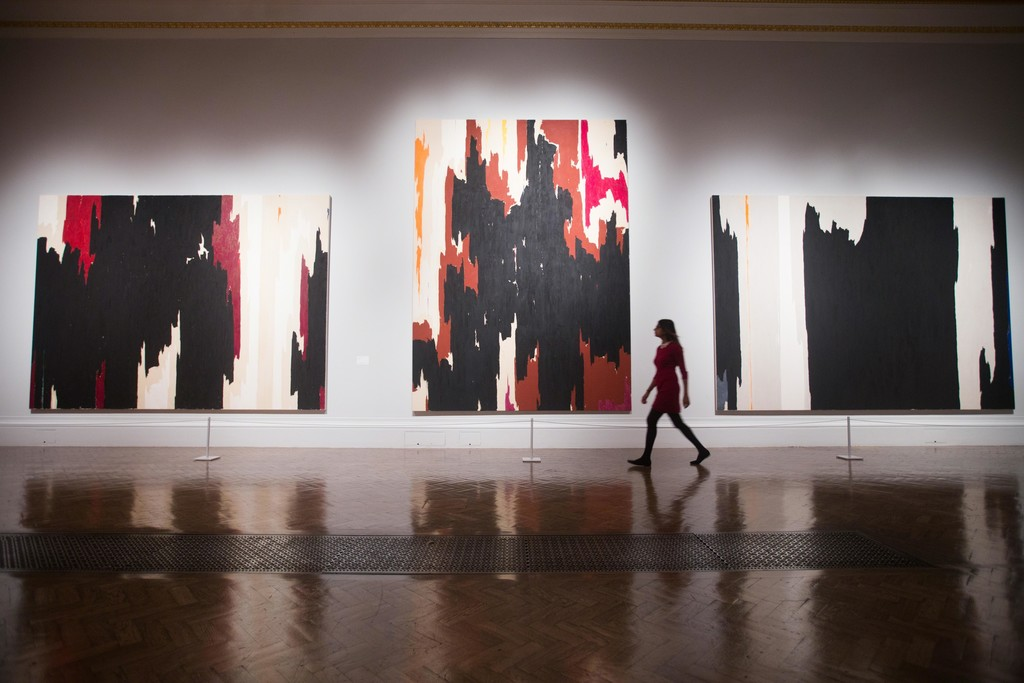 "Installation view of ""Abstract Expressionism"" at Royal Academy of Arts, London (2016). © David Parry/ Royal Academy of Arts."