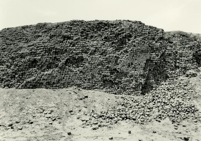 , 'Huaca del Oro, Cañete Valley,' 2006, Deborah Bell Photographs