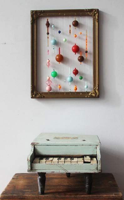 Gaba de Dios, 'Gaba de Dios Partitura para cajita musical, 2019  Perlas plásticas enhebradas sobre marco antiguo y pianito de madera, 50 x 21 cm Plastic pearl string beads on antique frame and little wooden piano U$S 1300 ', ca. 2019, POPA