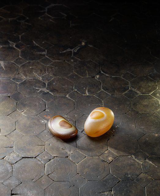 , 'A deep russet and creamy agate pebble 耳形瑪瑙卵石 | A yellow and russet agate pebble 圈紋瑪瑙卵石,' , Rasti Chinese Art